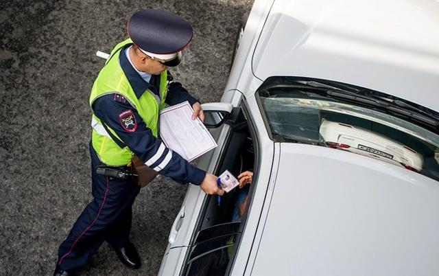 Водитель не вписан в страховку: какой штраф в 2021?