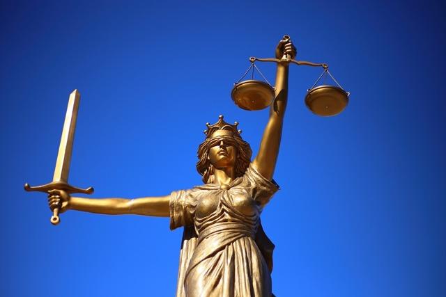 Присяжные заседатели: Как отказаться от заседательства, если пришло приглашение - основания для отказа в 2021 г. (образец заявления)