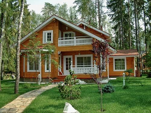 Договор аренды дома с земельным участком: образец типового документа, нюансы при оформлении частного строения, а также как впоследствии выкупить дачную территорию?