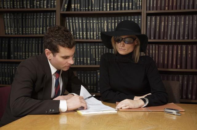 Можно ли оспорить завещание на квартиру наследниками после смерти завещателя