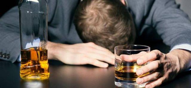 Как выписать мужа алкоголика из комнаты