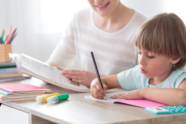 Имеет ли право ученик записывать учителя на диктофон