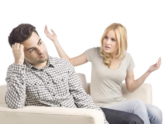 На каких основаниях жена может потребовать у супруга алименты при разводе?