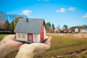 Дачная амнистия продлена до 1 марта 2021 года: как оформить дом в снт, пошаговая инструкция